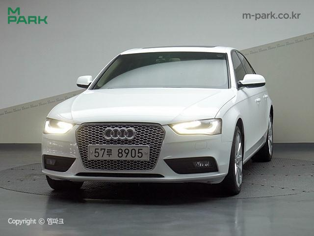 아우디 NEW A4 2.0 TDI quattro